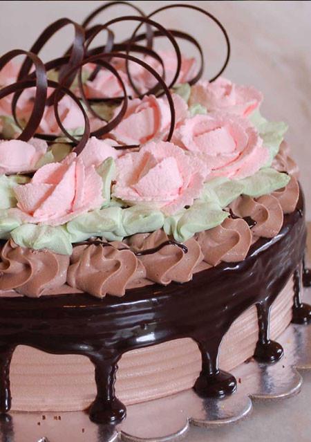 Choco Truffle Rose Cake