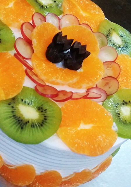 Orange Kiwi Gateaux