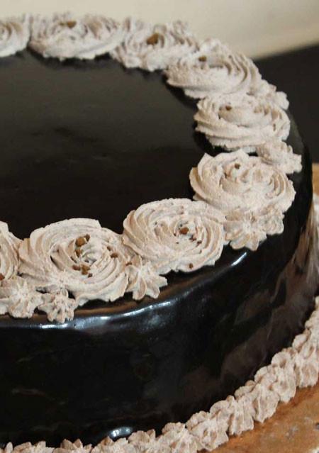 Choco Glaze Cake