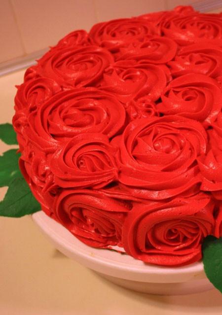 Kentucky Derby Rose Cake