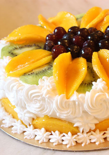 Peach & Kiwi Fruit Gateaux